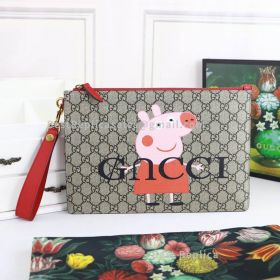 Gucci Neo Vintage GG Supreme Peppa Pig Pouch Red 473956