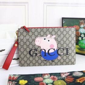 Gucci Neo Vintage GG Supreme Peppa Pig Pouch Blue 473956