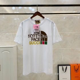 The-North-Face-Gucci-Print-T-Shirt.jpg